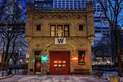 Vintage Chicago Firehouse With Xmas Lights And W Flag Poster