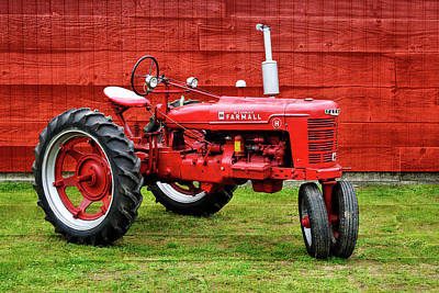 Vintage Farmall Tractor With Barnwood Poster
