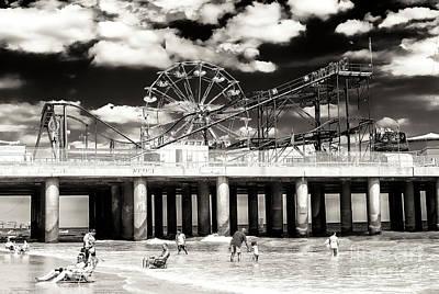 Vintage Steel Pier At Atlantic City Poster
