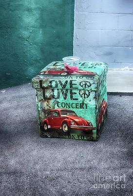Vw In A Box  Poster by Steven Digman