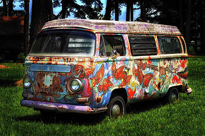 Poster featuring the photograph Vw Psychedelic Microbus by Bill Swartwout Fine Art Photography