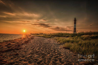 Warm Sunrise At The Fire Island Lighthouse Poster