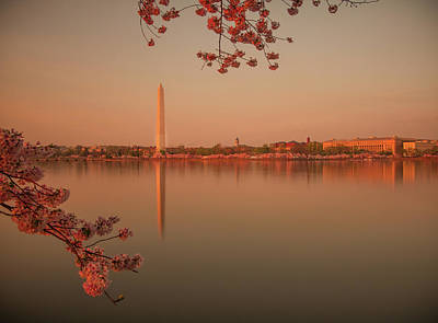 Washington Monument Poster by Adettara Photography