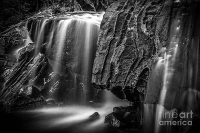 Waterfall In Black And White Poster by Ernesto Ruiz