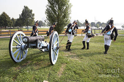 Wheeling The Cannon At Fort Mchenry In Baltimore Maryland Poster