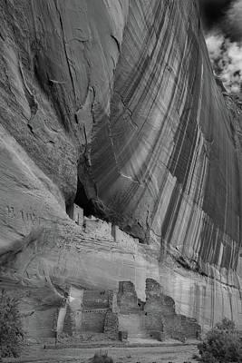 White House Ruins Canyon De Chelly B W Poster by Steve Gadomski