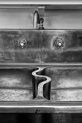 Wiggle Room - Sink Poster
