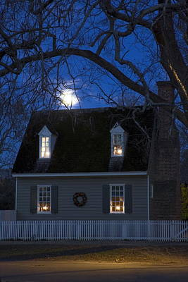 Williamsburg House In Moonlight Poster