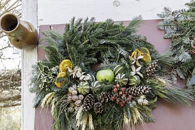 Williamsburg Wreath 08 Poster by Teresa Mucha