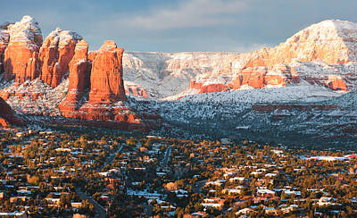 Winter Light In Sedona Poster by Carl Amoth