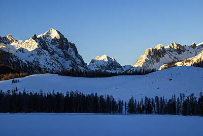 Winter Scene Along Sawtooth Range In Stanley Idaho Usa Poster
