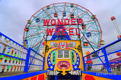 Wonder Wheel Poster by Mark Gilman