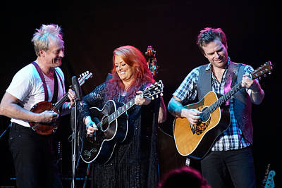 Wynonna Judd In Concert With Hubby Cactus Moser And Band Guitarist Poster