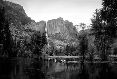 Yosemite A Scenic View To Remember B And W Poster