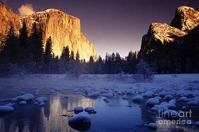 Yosemite Valley Sunset Poster by Michael Howell - Printscapes