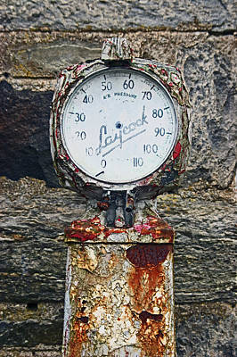 25/08/14. Lochearnhead. Old Tyre Pump. Poster