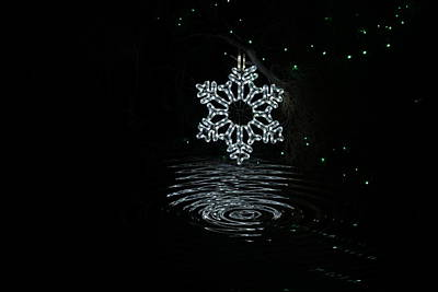A Ripple Of Christmas Cheer Poster