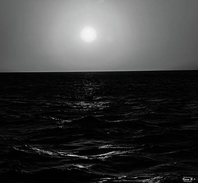 Aruba Sunset In Black And White Poster