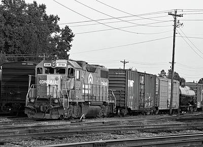 Poster featuring the photograph Csx 2758 B W 10 by Joseph C Hinson Photography