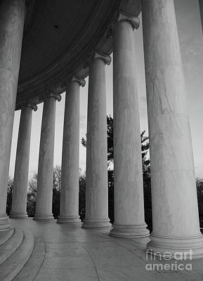 Jefferson Memorial In Black And White Poster