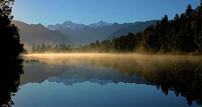 Lake Matheson Morning Poster