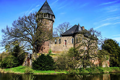 Linn Castle Poster