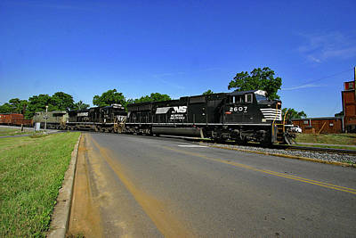 Poster featuring the photograph Norfolk Southern 2607 Color by Joseph C Hinson Photography