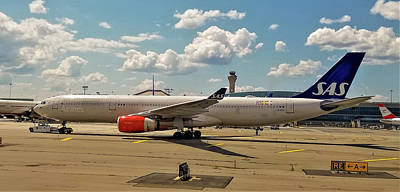 Sas Airbus A330 At Newark Liberty International Airport Poster