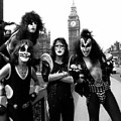 Kiss In London 1976  Poster