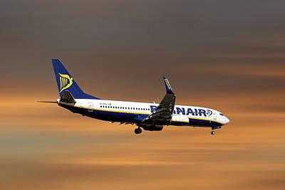 Designs Similar to Ryanair Boeing 737-8as