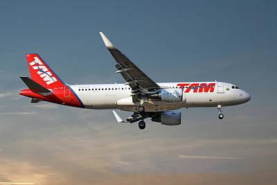 Designs Similar to Latam Brasil Airbus A320-214
