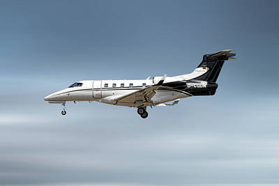 Designs Similar to Phenom 300 Arrow