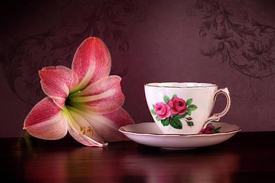 Designs Similar to Amaryllis With Tea