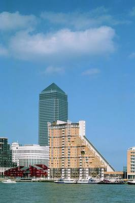 Designs Similar to Canary Wharf And Surroundings