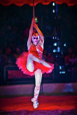 Ron Morecraft: Circus Performer Art