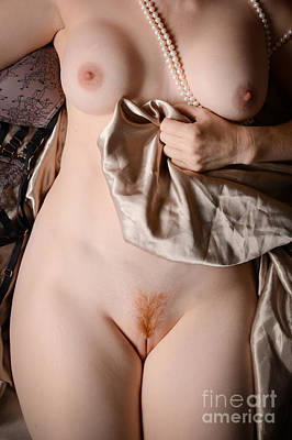 Red pubic hair erotica pic