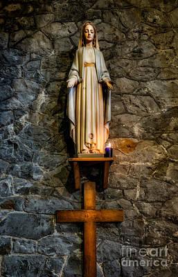 Mother Of Jesus Digital Art