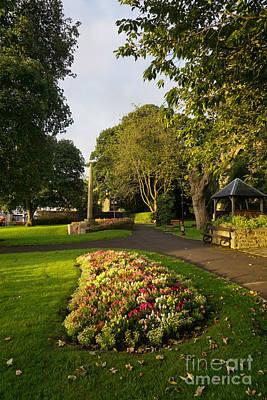 Designs Similar to Friary Gardens, Richmond
