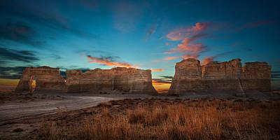 Monument Rocks Of Kansas Art