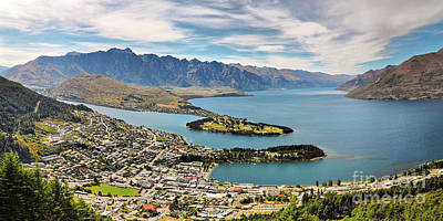 Designs Similar to Queenstown