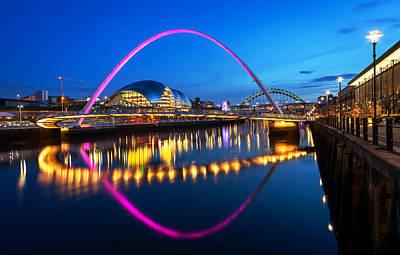 Designs Similar to Millennium Bridge Newcatle