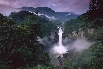 La Coca Waterfall Prints