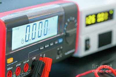 Designs Similar to Electronic Test Equipment