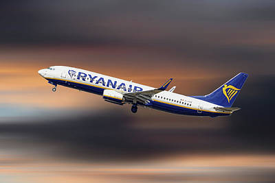 Designs Similar to Ryanair Boeing 737-8as