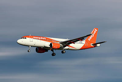 Designs Similar to Easyjet Airbus A320-214