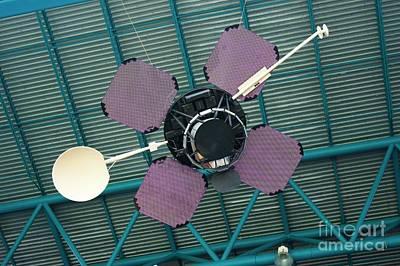 Designs Similar to Lunar Orbiter Mock-up At Ksc.