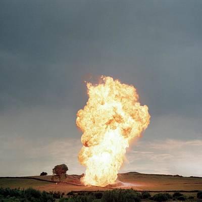 Petroleum Gas Explosion Prints