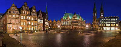 Photograph - Historic Town Hall and Market Square in Bremen, Germany by Rainer and Simone Hoffmann