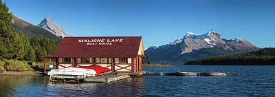 Photograph - Maligne Lake IV by Rainer and Simone Hoffmann