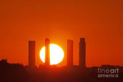 Photograph - rising Sun by JoseAngel Izquierdo